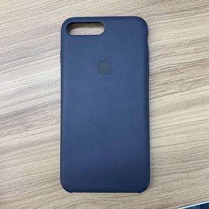 Accessories - iPhone 8+, 7+ silicone apple phone case